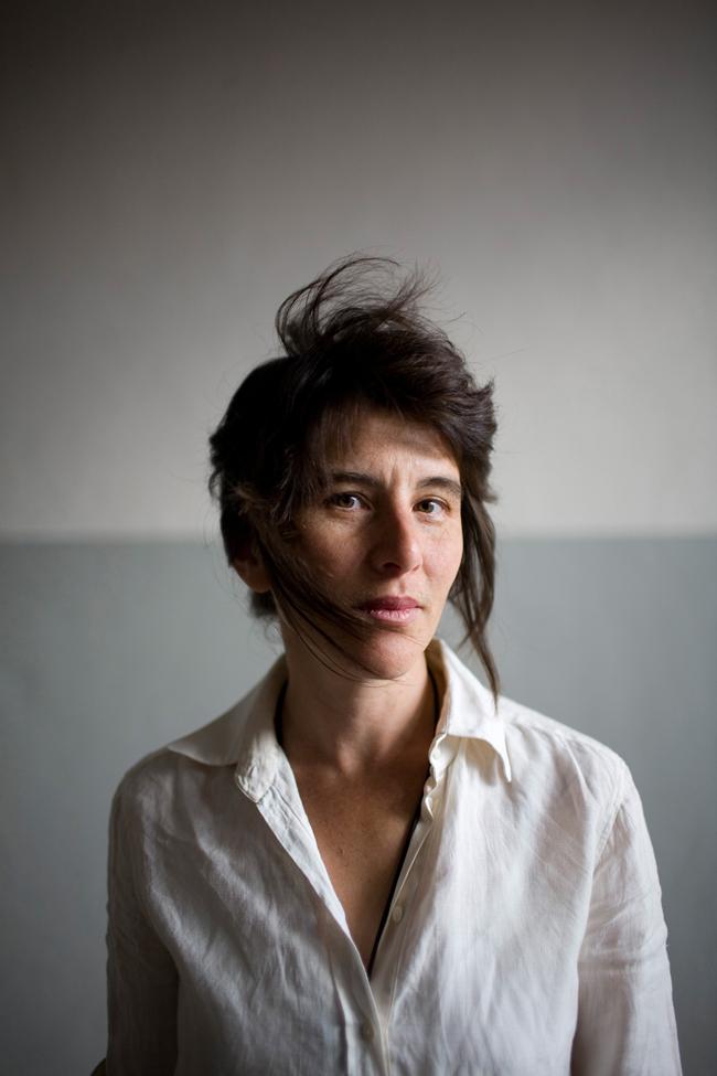 2008-08-14, Portret van Fiona Tan, Kunstenaar, fotograaf Marieke Wijntjes